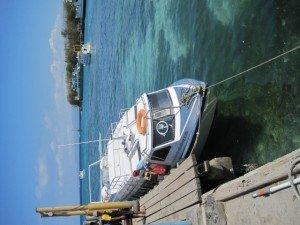 Das Speedboot bringt einen mit 70 km/h wieder ans Festland.